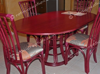 Table SAINT CYR ovale avec 2 allonges